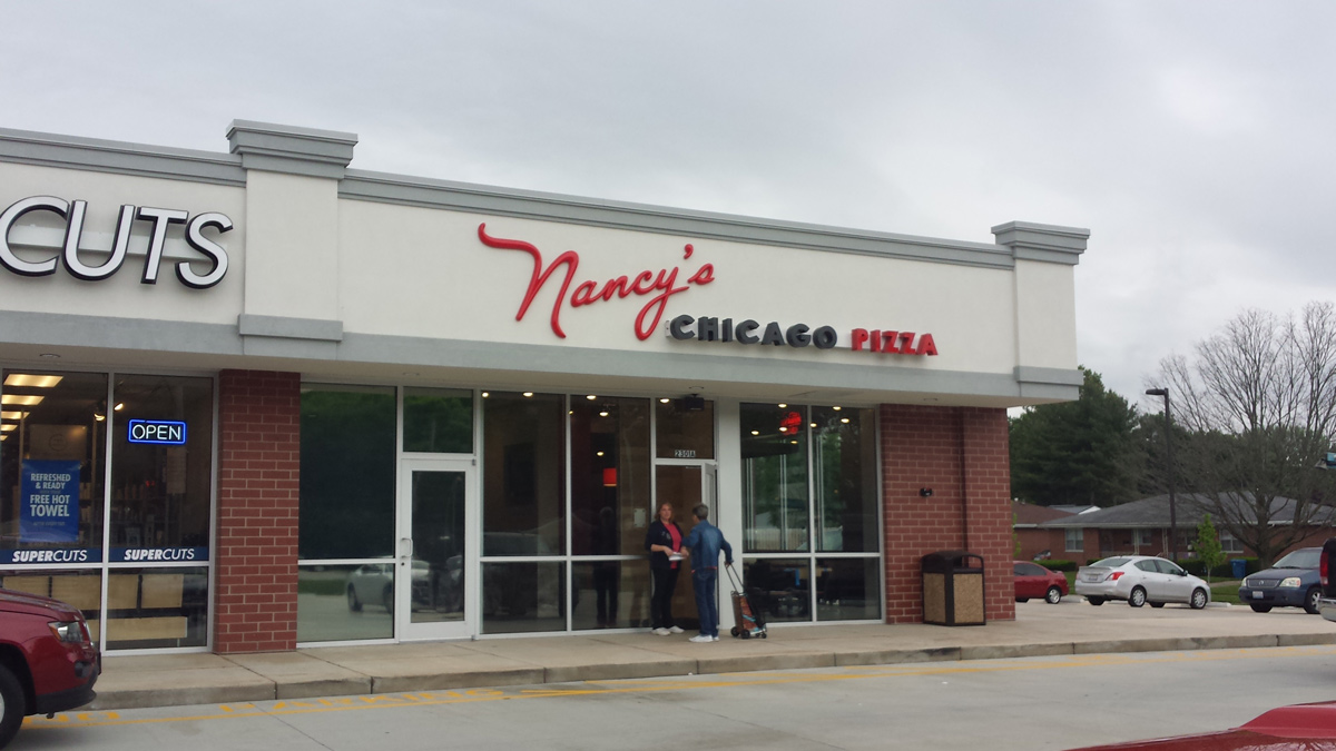 Nancys-Chicago-Pizza-Window-Tinting